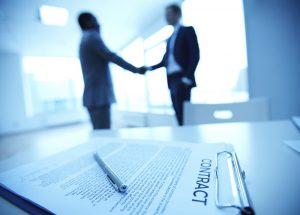 وکیل متخصص قراردادها